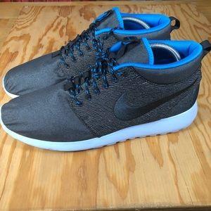 Nike Roshe Run Mid QS City